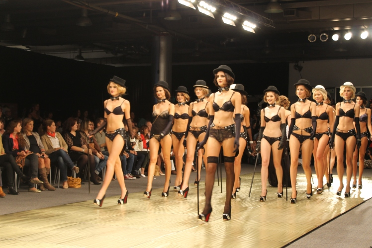 ara_intimates_araceli_gonzalez_baam_argentina_fashion_week_trendy_jungle