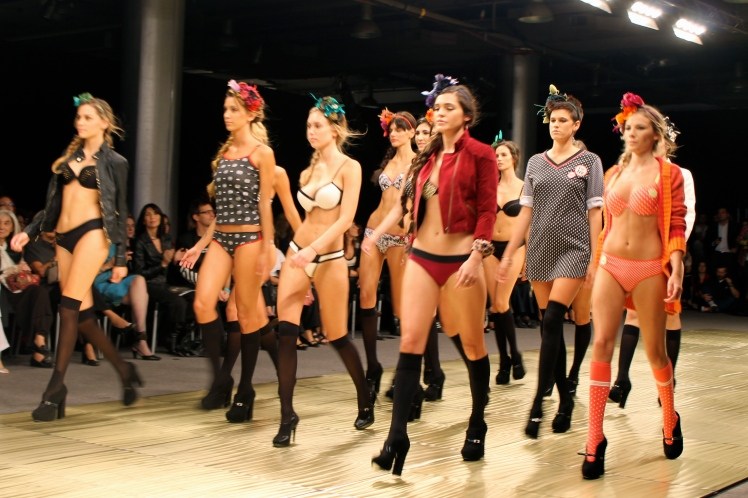 marcela_koury_baam_argentina_fashion_week_trendy_jungle_final