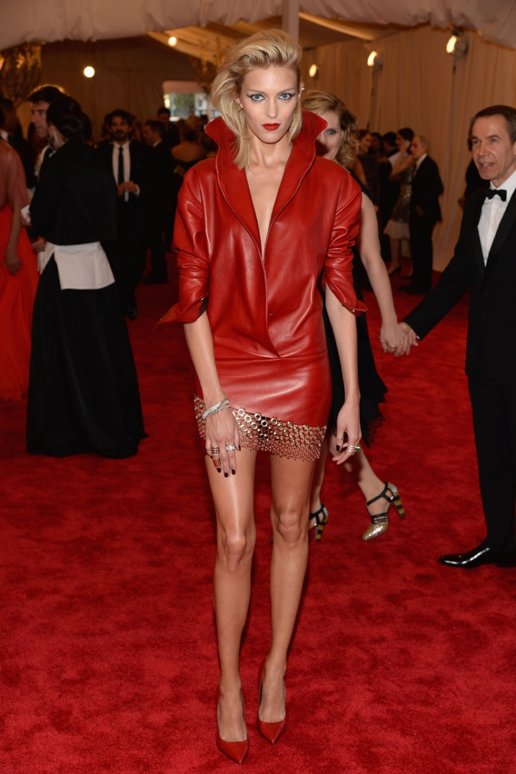 anja_rubik_met_gala_2013_punk_trendy_jungle