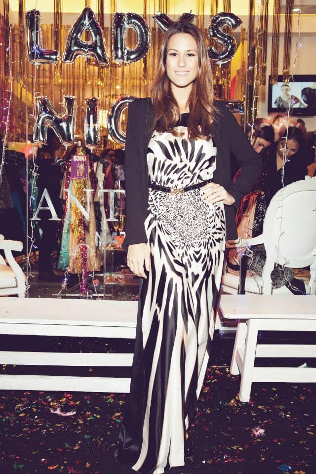Luli Fernandez, divina con ese vestidazo Antolin