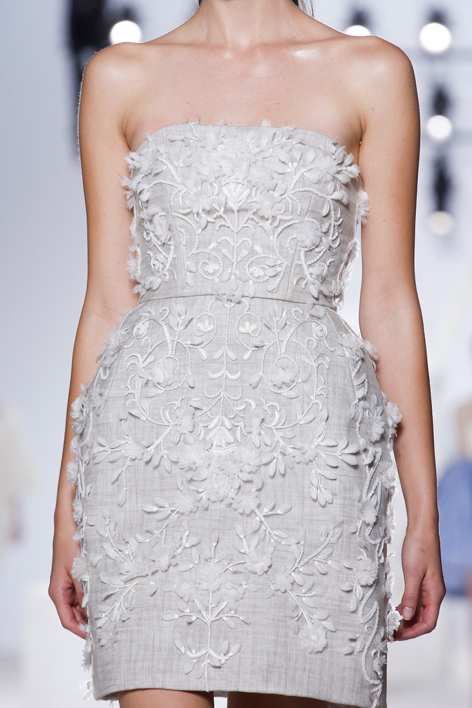 giambattista_valli_paris_fashion_week_invierno_2014_trendy_jungle_4