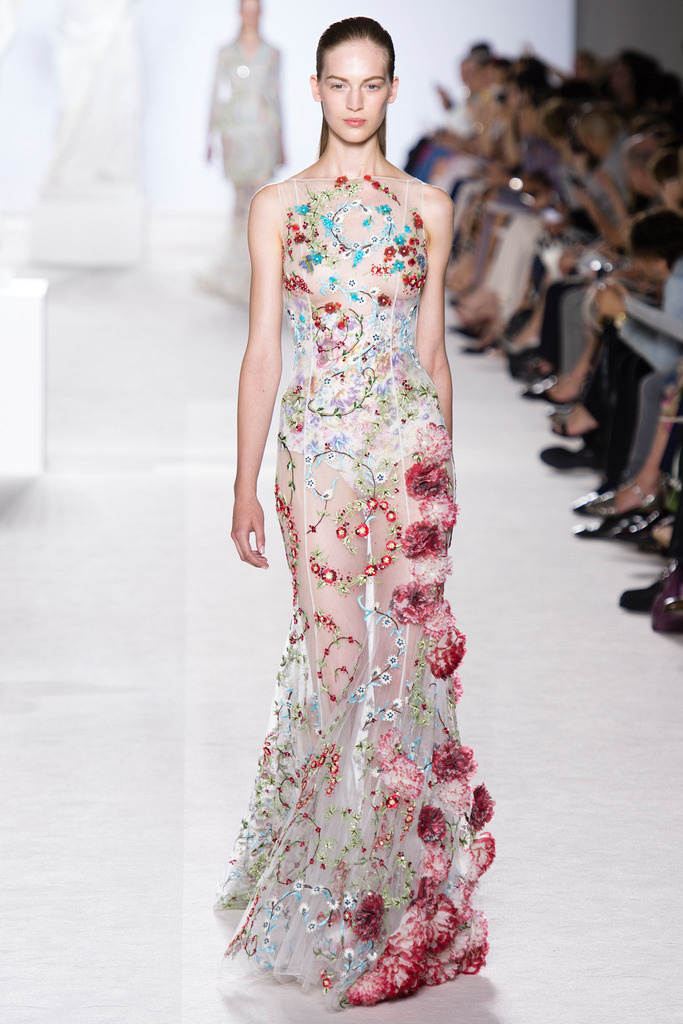 giambattista_valli_paris_fashion_week_invierno_2014_trendy_jungle_10