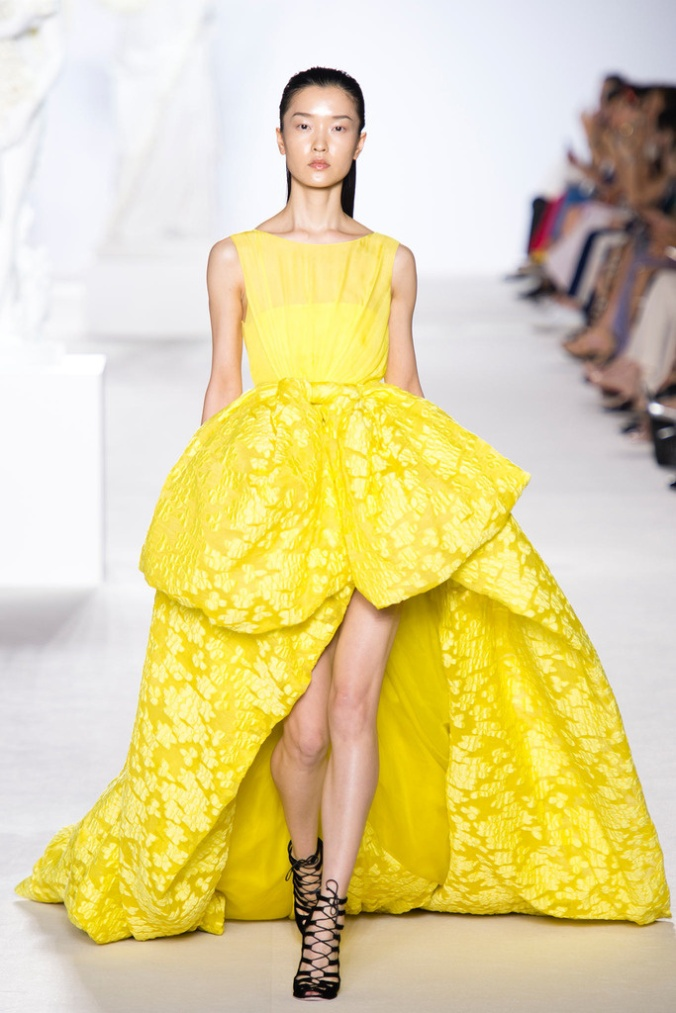 giambattista_valli_paris_fashion_week_invierno_2014_trendy_jungle_12