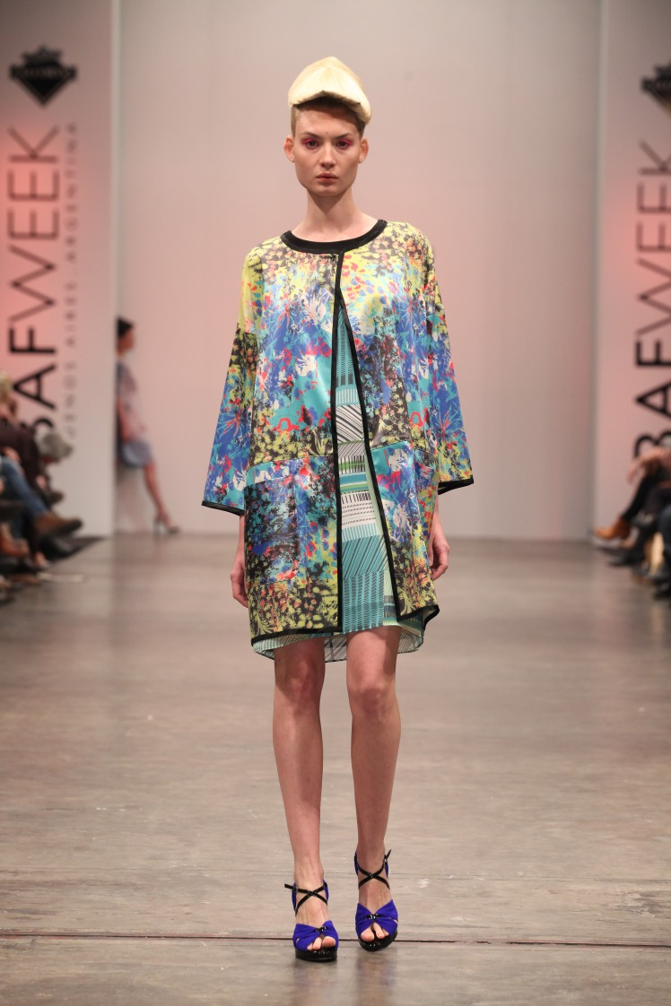 mariana_dappiano_bafweek_verano_2014_pluma_trendy_jungle_2