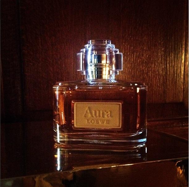 linda-evangelista-perfume-aura-loewe-trendy-jungle-3