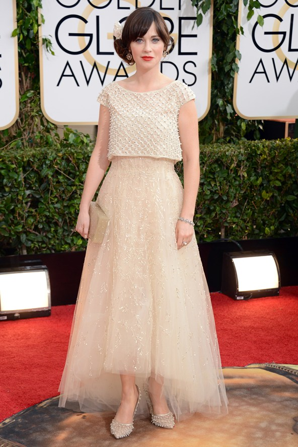 zooey-deschanel-oscar-de-la-renta_golden_globe_2014_trendy_jungle