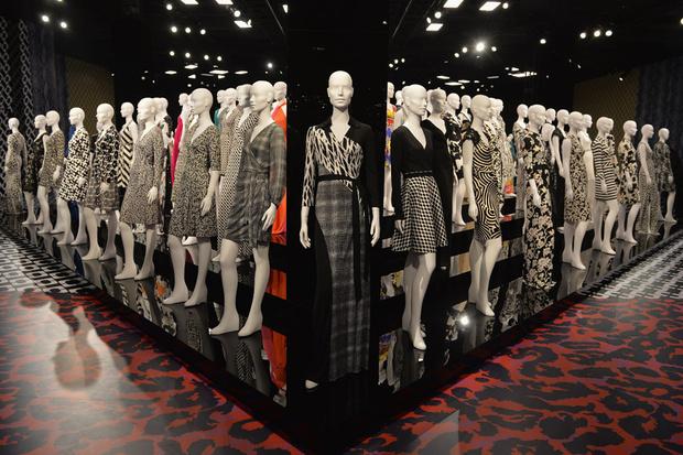 diane_von_furstenberg_new_york_fashion_week_invierno_2015_trendy_jungle_2