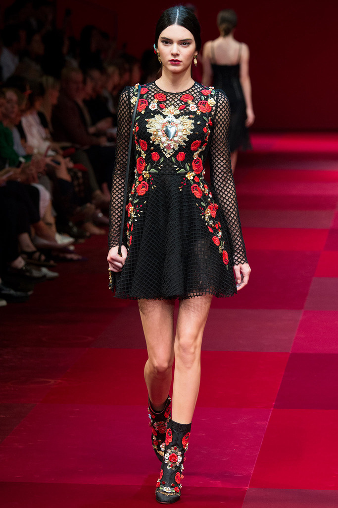 dolce_gabbana_milan_fashion_week_trendy_jungle_2015_8