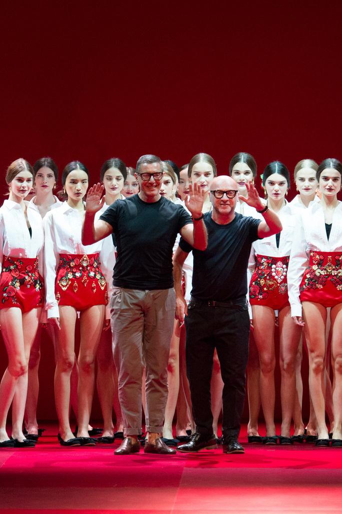dolce_gabbana_milan_fashion_week_trendy_jungle_2015_9